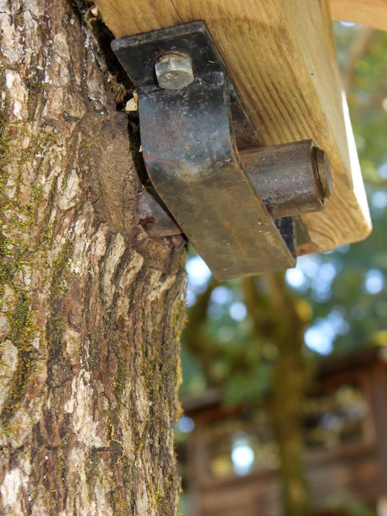 Beispiel Garnier Limb Baumhaus Schraube by Michael Garnier