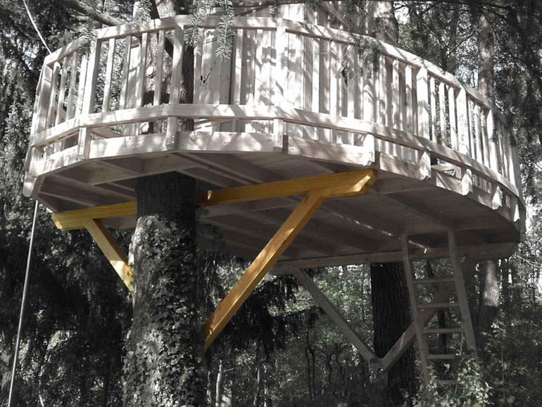 Baumhausbau Plattform Holz Tragwerk Dreieck Anleitung